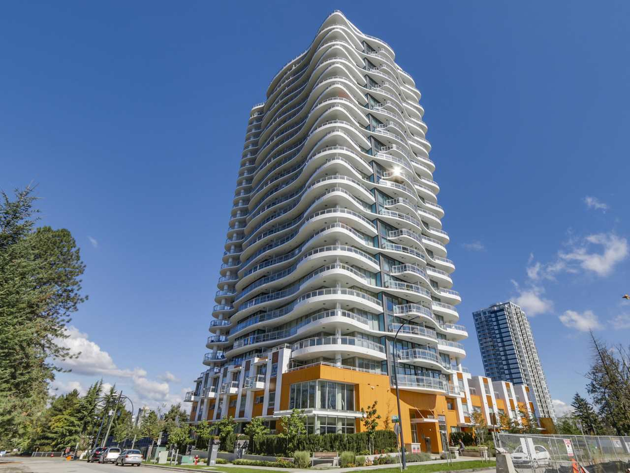 Main Photo: 1808 13303 103A AVENUE in : Whalley Condo for sale : MLS®# R2110520