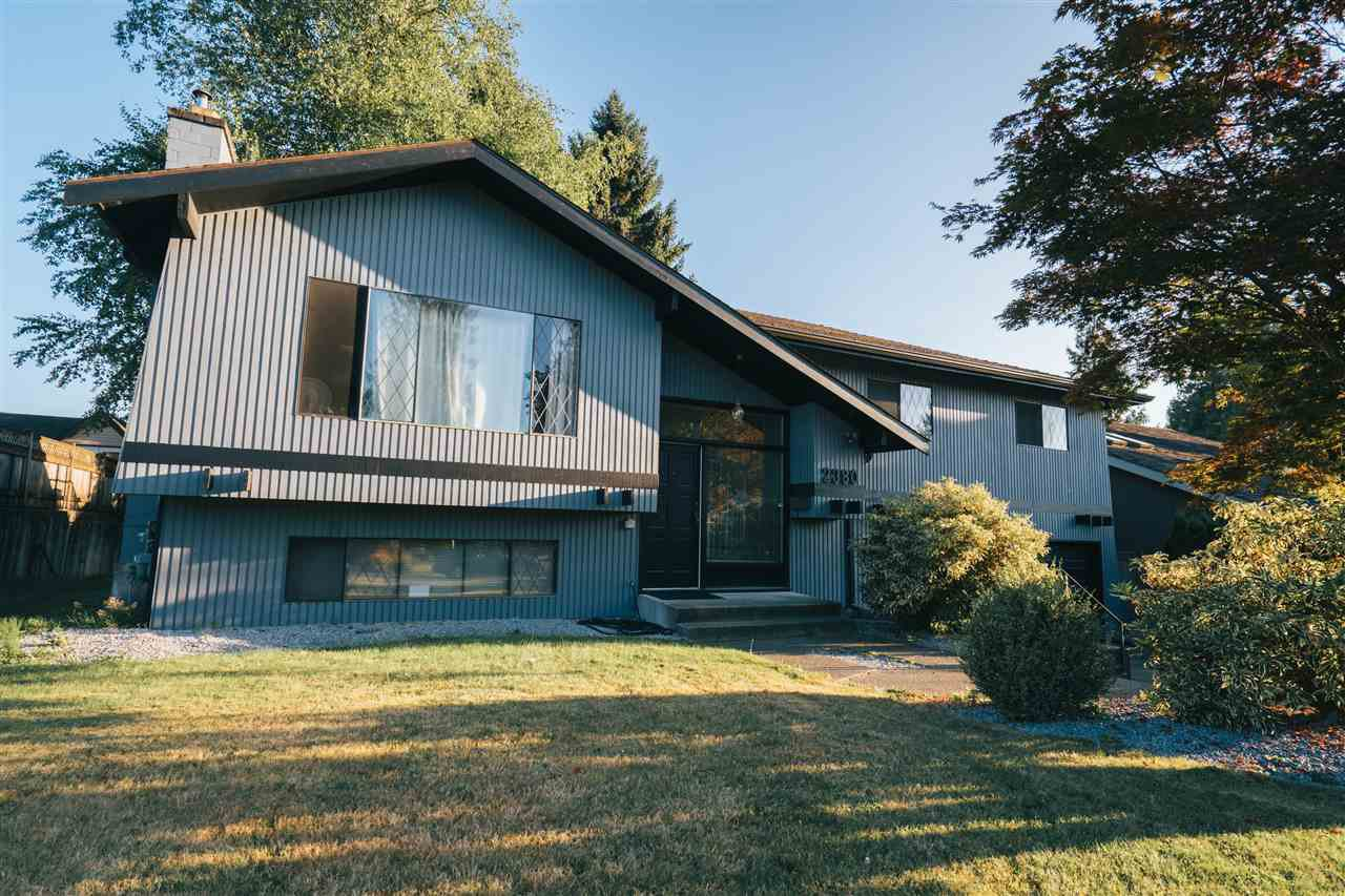 """Main Photo: 2380 ANORA Drive in Abbotsford: Abbotsford East House for sale in """"McMillan"""" : MLS®# R2482253"""