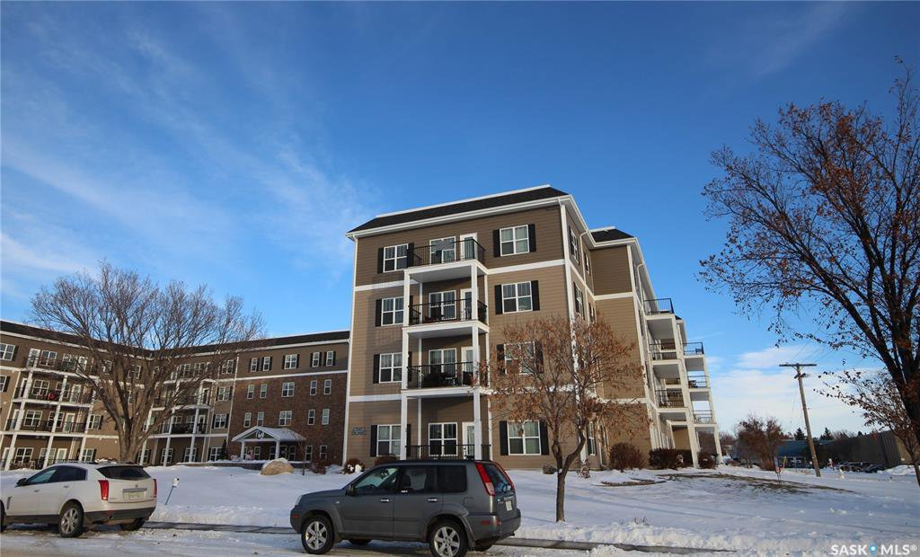 Main Photo: 414 1802 106th Street in North Battleford: Sapp Valley Residential for sale : MLS®# SK827543