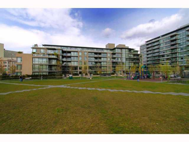Main Photo: 110 750 W 12TH Avenue in Vancouver: Fairview VW Condo for sale (Vancouver West)  : MLS®# V816970