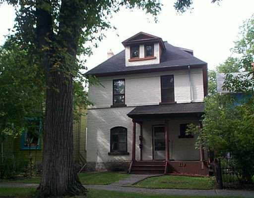 Main Photo: 119 CAUCHON Street in WINNIPEG: Fort Rouge / Crescentwood / Riverview Duplex for sale (South Winnipeg)  : MLS®# 2412644