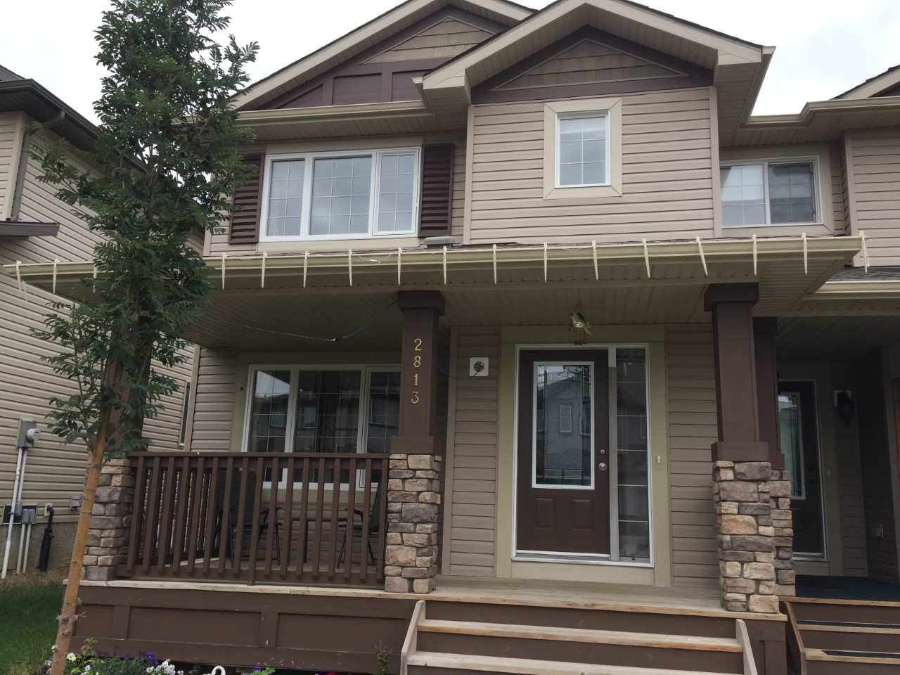Main Photo: 2813 15 Street in Edmonton: Zone 30 House Half Duplex for sale : MLS®# E4169249
