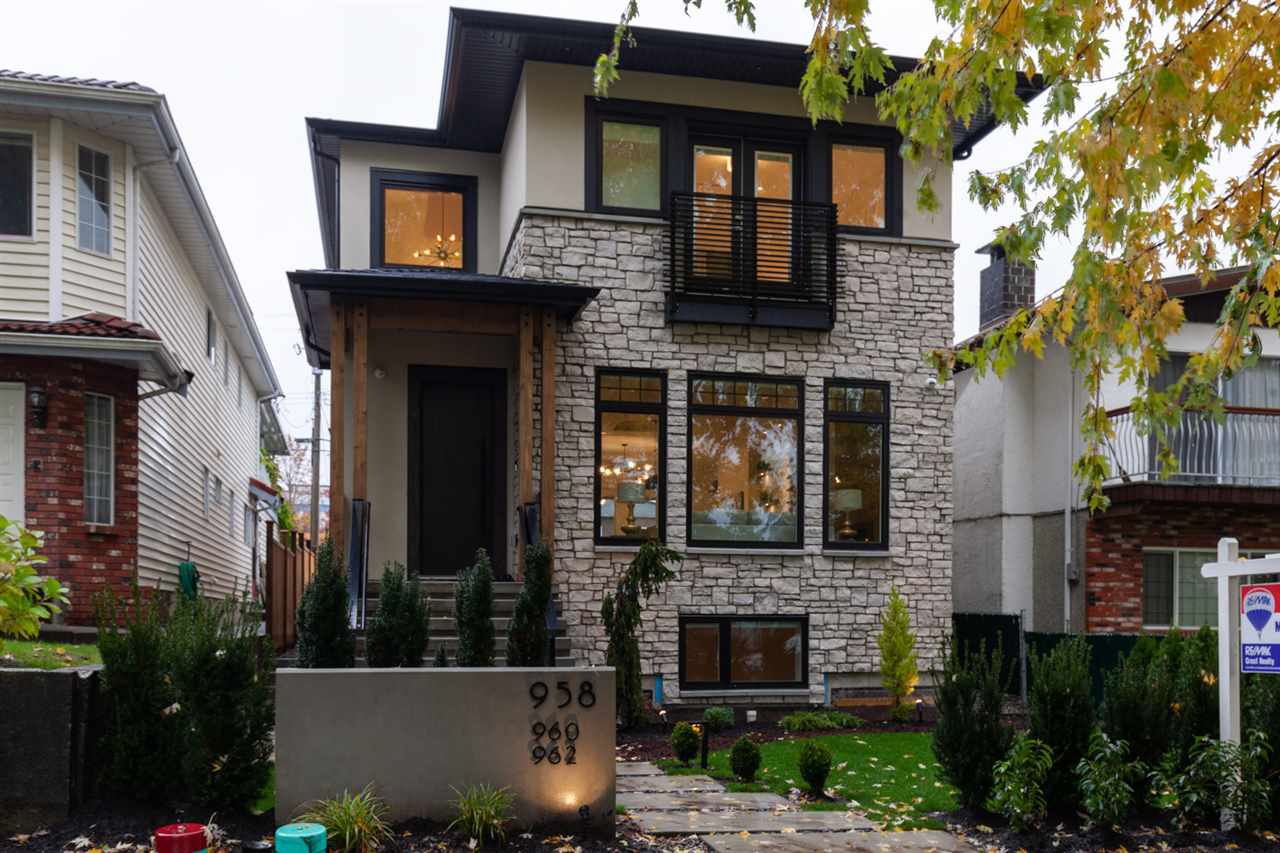 Main Photo: 958 E 38TH Avenue in Vancouver: Fraser VE House for sale (Vancouver East)  : MLS®# R2414390