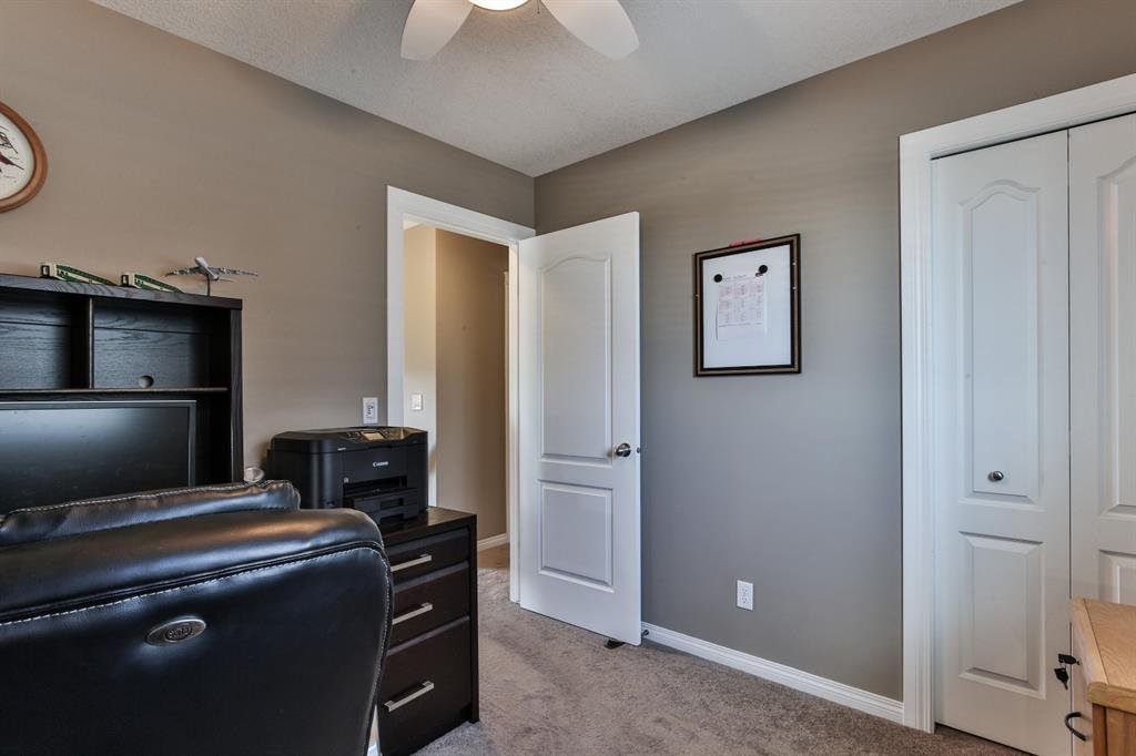 Photo 22: Photos: 86 NOLANFIELD Road NW in Calgary: Nolan Hill Detached for sale : MLS®# A1018616