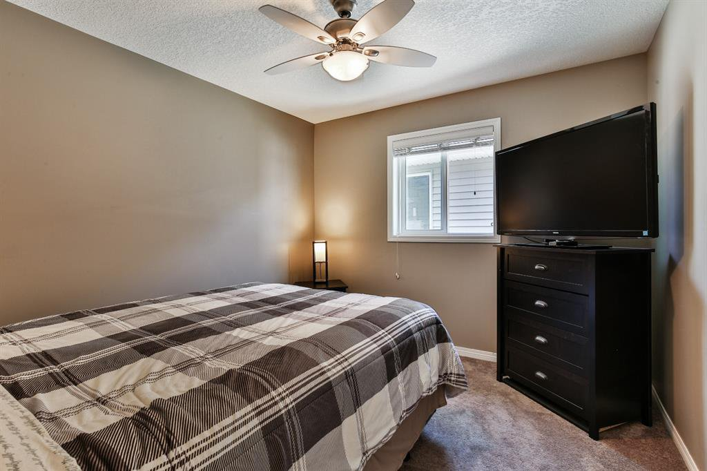 Photo 23: Photos: 86 NOLANFIELD Road NW in Calgary: Nolan Hill Detached for sale : MLS®# A1018616