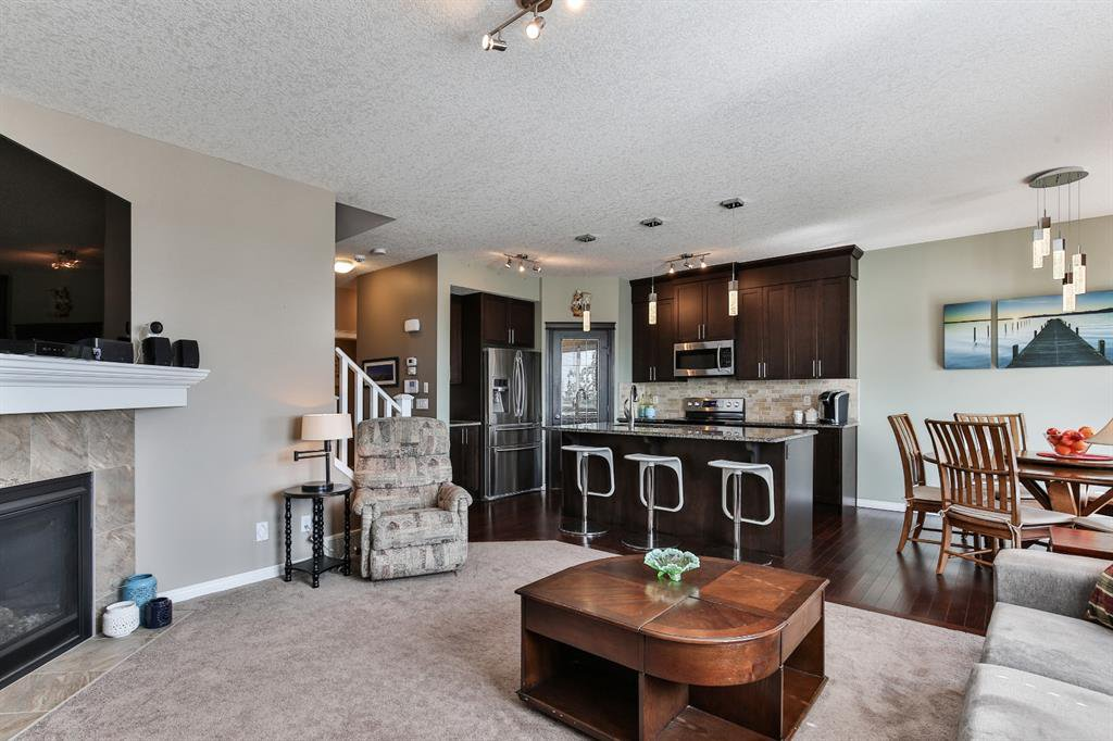 Photo 10: Photos: 86 NOLANFIELD Road NW in Calgary: Nolan Hill Detached for sale : MLS®# A1018616
