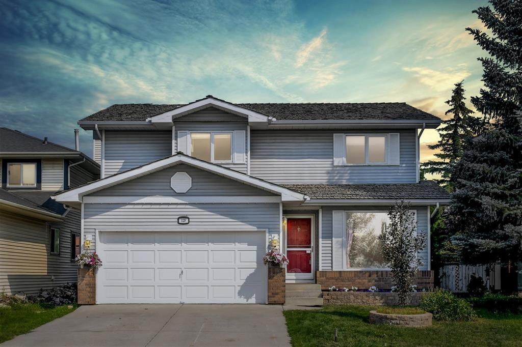 Main Photo: 128 Douglas Woods Terrace SE in Calgary: Douglasdale/Glen Detached for sale : MLS®# A1045408