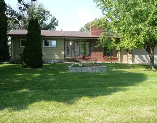 Main Photo: 591 GRIERSON Avenue in WINNIPEG: Fort Garry / Whyte Ridge / St Norbert Residential for sale (South Winnipeg)  : MLS®# 2917544