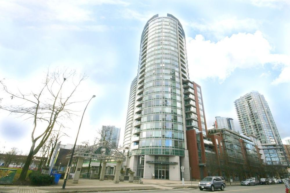 Main Photo: 802 58 KEEFER PLACE in Vancouver West: Home for sale : MLS®# R2142368