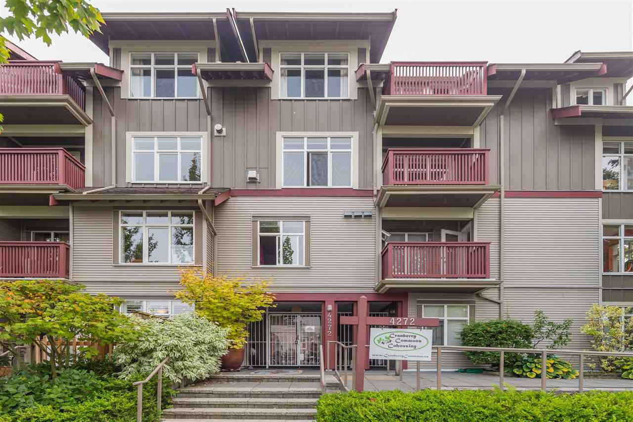 "Main Photo: 101 4272 ALBERT Street in Burnaby: Vancouver Heights Condo for sale in ""Cranberry Commons"" (Burnaby North)  : MLS®# R2499525"
