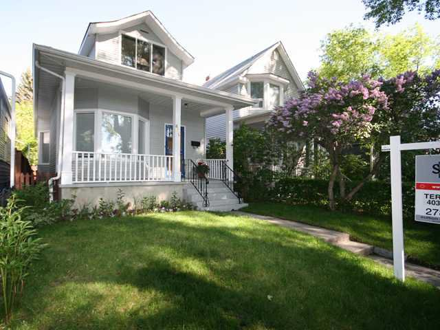 Main Photo: 830 3 Avenue NW in CALGARY: Sunnyside Residential Detached Single Family for sale (Calgary)  : MLS®# C3421559