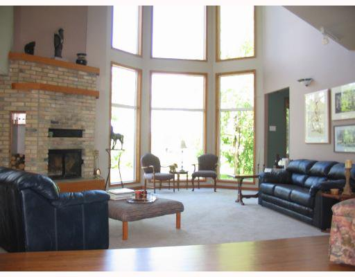 Photo 2: Photos: 5090 HENDERSON Highway in WINNIPEG: Birdshill Area Residential for sale (North East Winnipeg)  : MLS®# 2814554