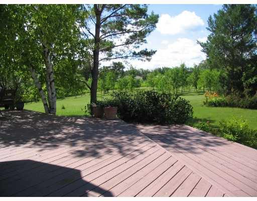 Photo 8: Photos: 5090 HENDERSON Highway in WINNIPEG: Birdshill Area Residential for sale (North East Winnipeg)  : MLS®# 2814554