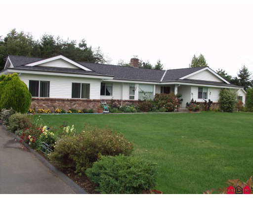 """Main Photo: 5943 252ND Street in Langley: Salmon River House for sale in """"STRAWBERRY HILLS"""" : MLS®# F2833173"""