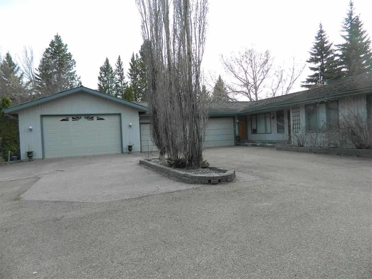 Main Photo: 8 View Drive: Rural Sturgeon County House for sale : MLS®# E4197171