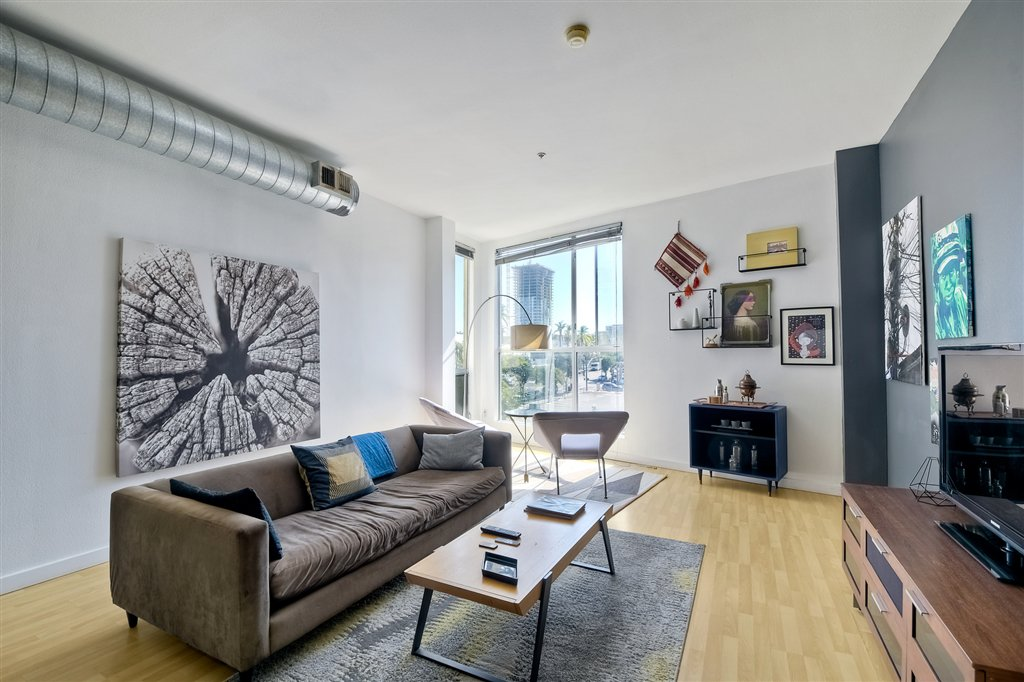 Main Photo: DOWNTOWN Condo for sale : 1 bedrooms : 777 6th #337 in San Diego