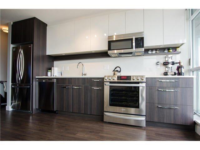 Main Photo: 808 958 RIDGEWAY AVENUE in Coquitlam: Home for sale : MLS®# V1138346