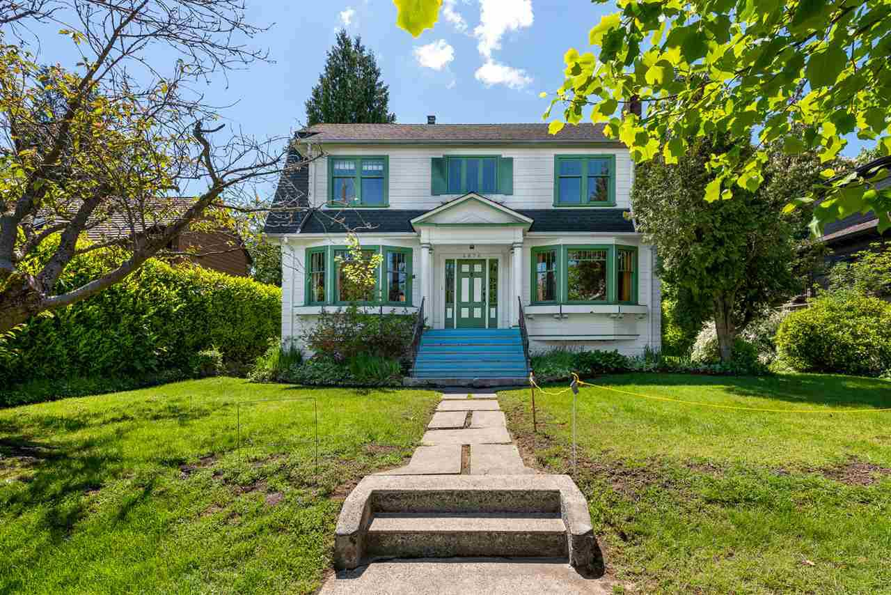 Main Photo: 4676 W 5TH Avenue in Vancouver: Point Grey House for sale (Vancouver West)  : MLS®# R2457835