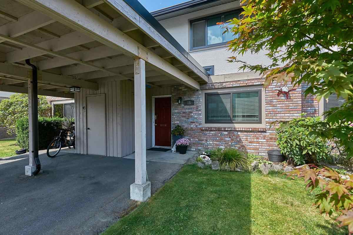 """Main Photo: 15 11451 KINGFISHER Drive in Richmond: Westwind Townhouse for sale in """"WEST CHELSEA"""" : MLS®# R2486514"""
