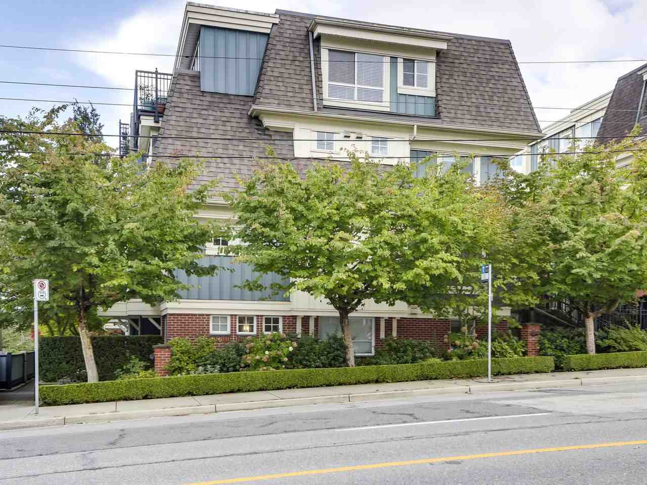 "Main Photo: 2774 ALMA Street in Vancouver: Kitsilano Townhouse for sale in ""Twenty On The Park"" (Vancouver West)  : MLS®# R2501470"