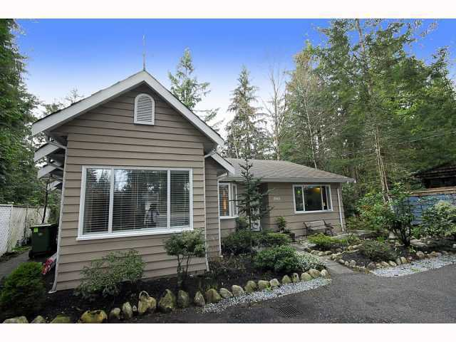 Main Photo: 3945 CAPILANO Road in North Vancouver: Capilano Highlands House for sale : MLS®# V844549