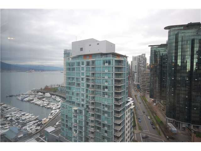 """Photo 3: Photos: 1804 590 NICOLA Street in Vancouver: Coal Harbour Condo for sale in """"CASCINA @ WATERFRONT PLACE"""" (Vancouver West)  : MLS®# V862282"""