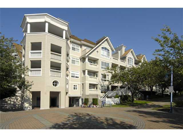 "Main Photo: 418 5900 DOVER Crescent in Richmond: Riverdale RI Condo for sale in ""HAMPTONS"" : MLS®# V862305"