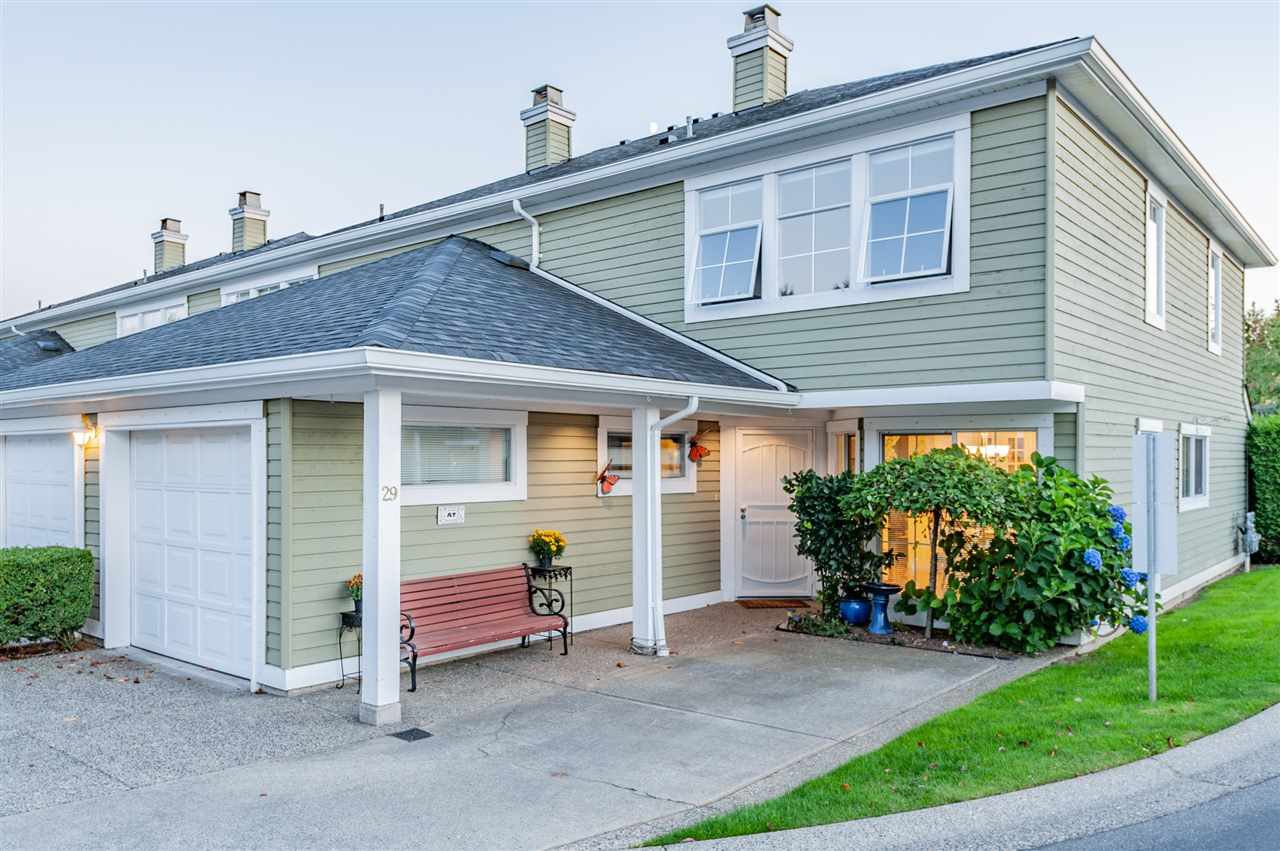 "Main Photo: 29 8428 VENTURE Way in Surrey: Fleetwood Tynehead Townhouse for sale in ""Summerwood"" : MLS®# R2400282"