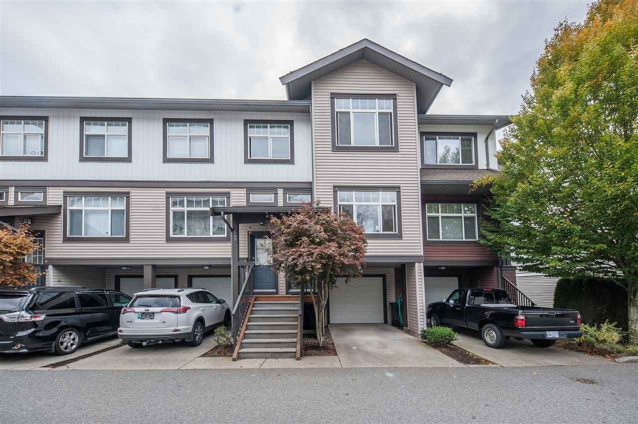 Main Photo: 148 16177 83 Avenue in Surrey: Fleetwood Tynehead Townhouse for sale : MLS®# R2413641