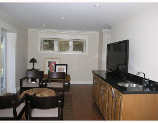 Photo 8: Photos: 2326 W 5TH Avenue in Vancouver: Kitsilano House 1/2 Duplex for sale (Vancouver West)  : MLS®# V781900
