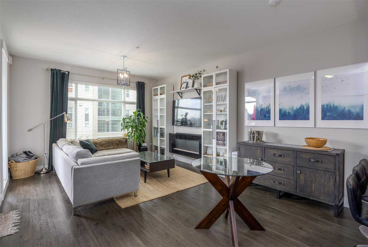 """Main Photo: 501 2465 WILSON Avenue in Port Coquitlam: Central Pt Coquitlam Condo for sale in """"The Orchid"""" : MLS®# R2451659"""