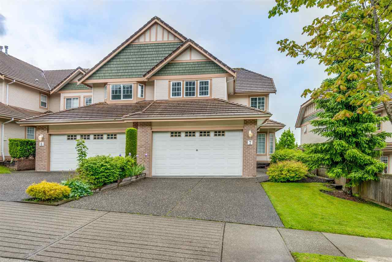"""Main Photo: 7 1751 PADDOCK Drive in Coquitlam: Westwood Plateau Townhouse for sale in """"Worthing Green"""" : MLS®# R2467524"""