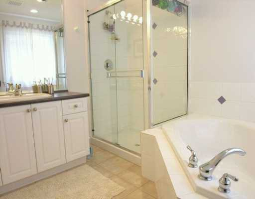 """Photo 7: Photos: 3017 MAPLEWOOD CT in Coquitlam: Westwood Plateau House for sale in """"WESTWOOD PLATEAU"""" : MLS®# V578430"""
