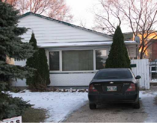 Main Photo: 223 BLUEWATER in WINNIPEG: Windsor Park / Southdale / Island Lakes Residential for sale (South East Winnipeg)  : MLS®# 2821905