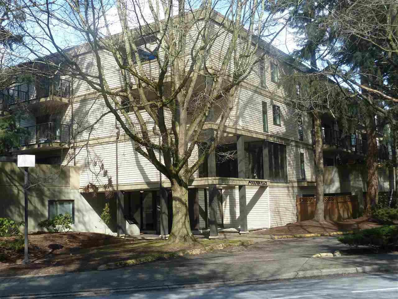 Main Photo: 317 8231 GRANVILLE AVENUE: Brighouse Home for sale ()  : MLS®# R2330230