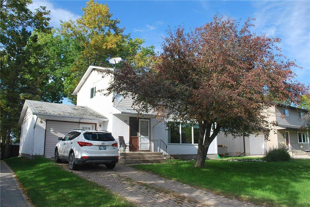 Main Photo: 25 Schultz Road in Pinawa: R18 Residential for sale : MLS®# 202009995