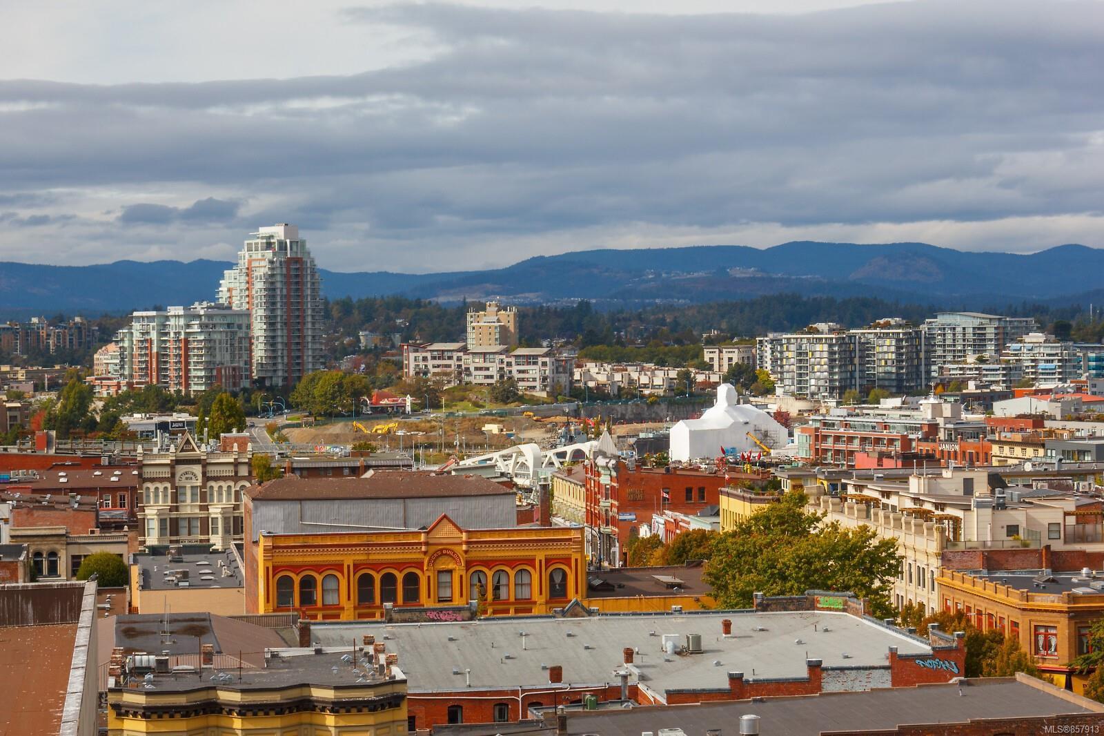 Photo 18: Photos: 1011 728 Yates St in : Vi Downtown Condo for sale (Victoria)  : MLS®# 857913