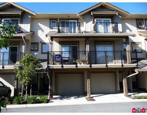 "Main Photo: 50 20326 68TH Avenue in Langley: Willoughby Heights Townhouse for sale in ""SUNPOINTE"" : MLS®# F2920459"