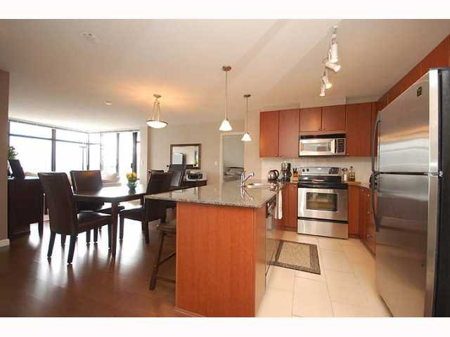 "Photo 2: Photos: 1606 610 VICTORIA Street in New Westminster: Downtown NW Condo  in ""THE POINT"" : MLS®# V819393"
