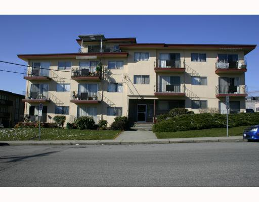 """Main Photo: 303 611 BLACKFORD Street in New_Westminster: Uptown NW Condo for sale in """"MAYMONT MANOR"""" (New Westminster)  : MLS®# V754809"""