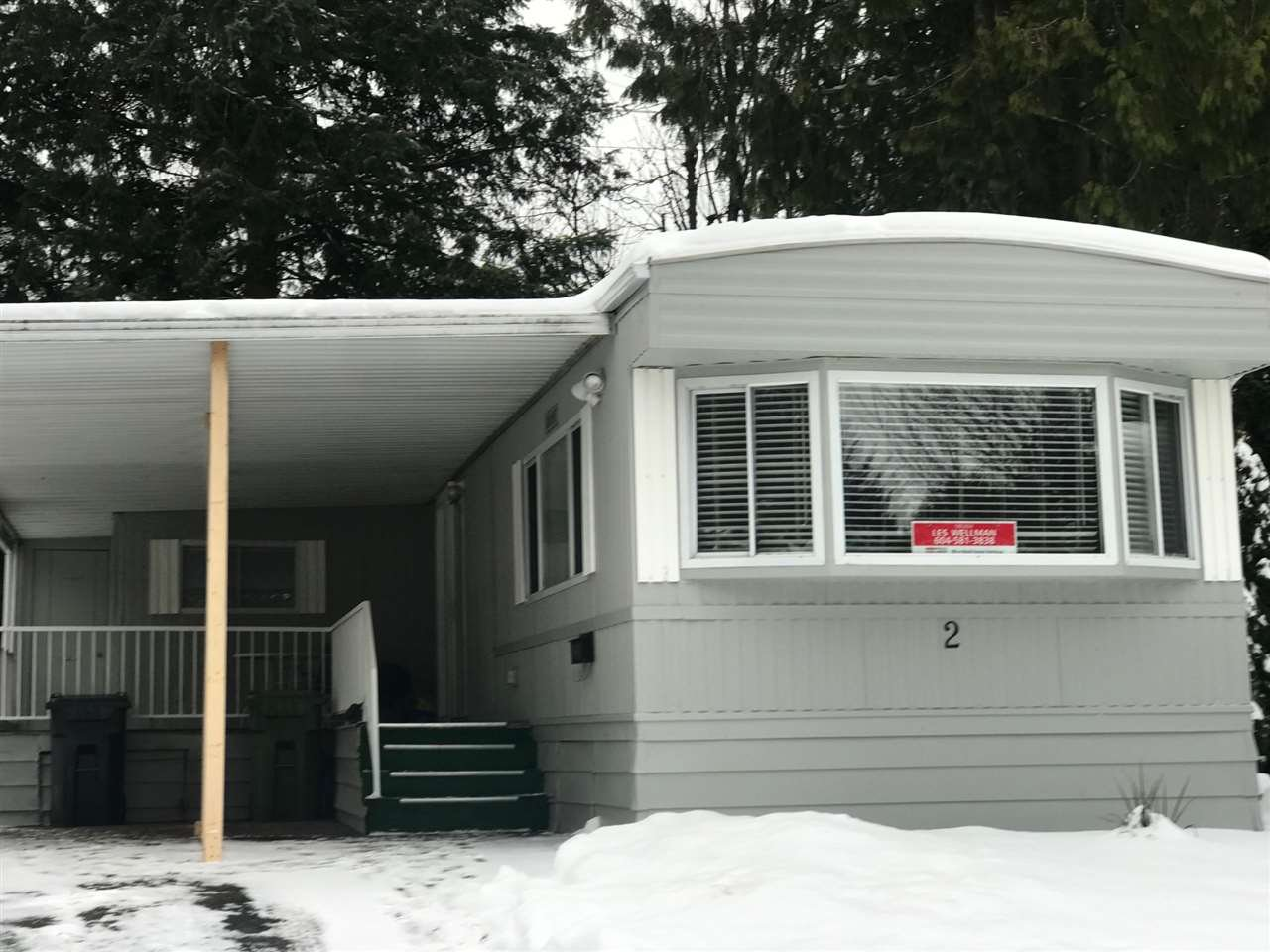 """Main Photo: 2 7790 KING GEORGE Boulevard in Surrey: East Newton Manufactured Home for sale in """"Crispen Bays"""" : MLS®# R2429425"""