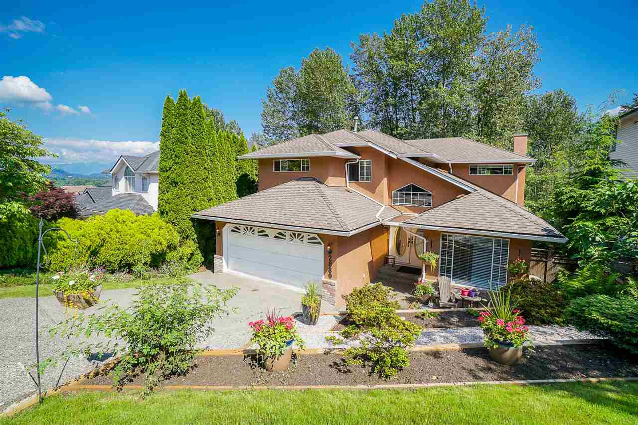 Main Photo: 2880 KEETS Drive in Coquitlam: Coquitlam East House for sale : MLS®# R2473135