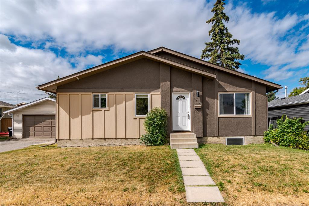 Main Photo: 1710 OLYMPIA Drive SE in Calgary: Ogden Detached for sale : MLS®# A1028799