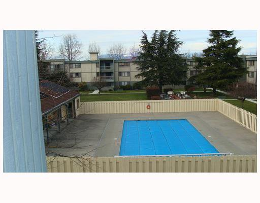 """Photo 8: Photos: 326 3411 SPRINGFIELD Drive in Richmond: Steveston North Condo for sale in """"BAYSIDE COURT/IMPERIAL BY THE SEA"""" : MLS®# V758493"""