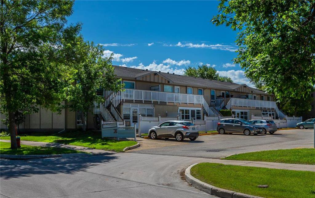 Main Photo: 36 720 Blantyre Avenue in Winnipeg: Valley Gardens Condominium for sale (3E)  : MLS®# 1929836