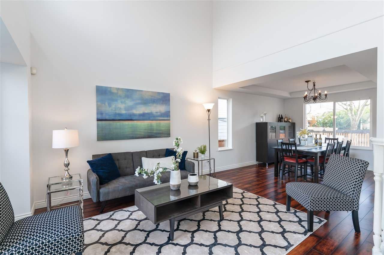 """Main Photo: 22111 COCHRANE Drive in Richmond: Hamilton RI House for sale in """"HAMILTON"""" : MLS®# R2445619"""