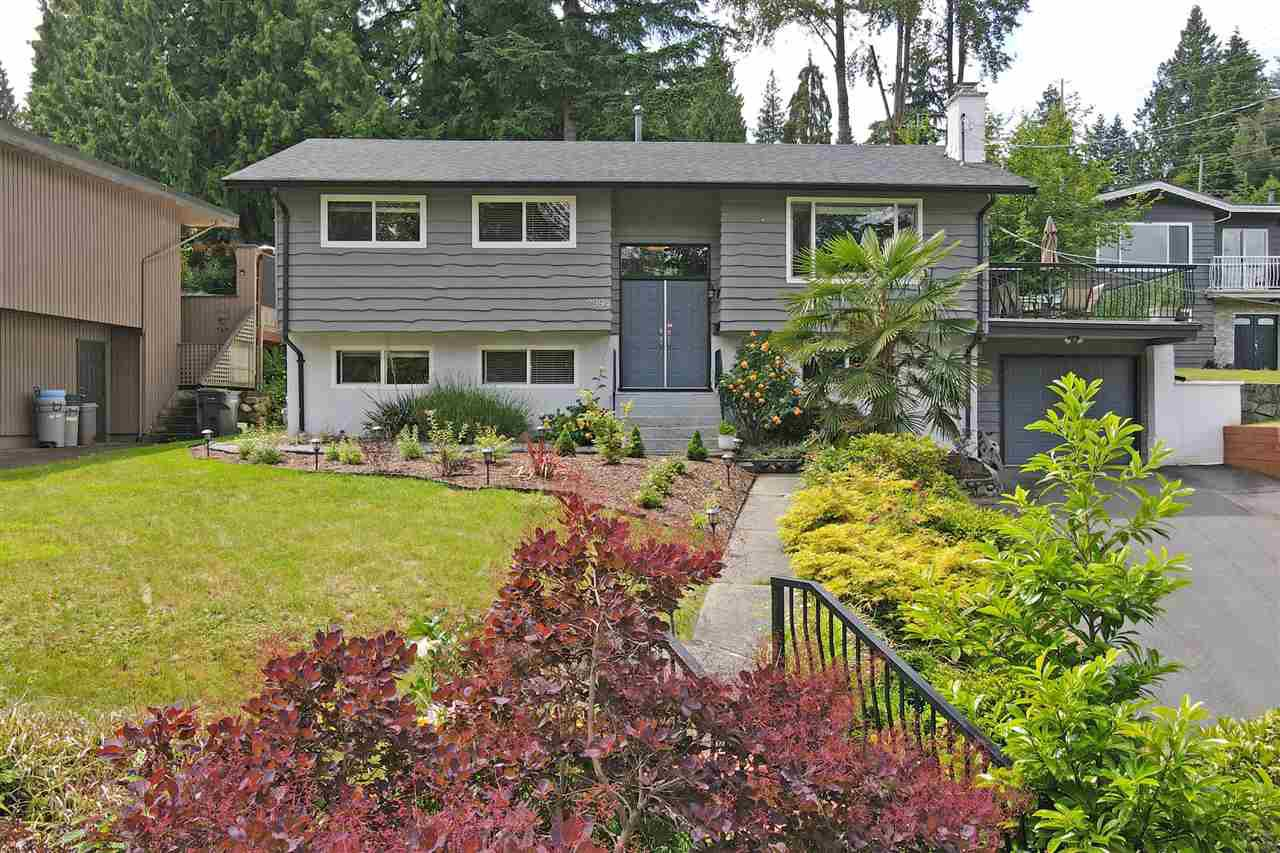 Main Photo: 2994 PASTURE Circle in Coquitlam: Ranch Park House for sale : MLS®# R2463081