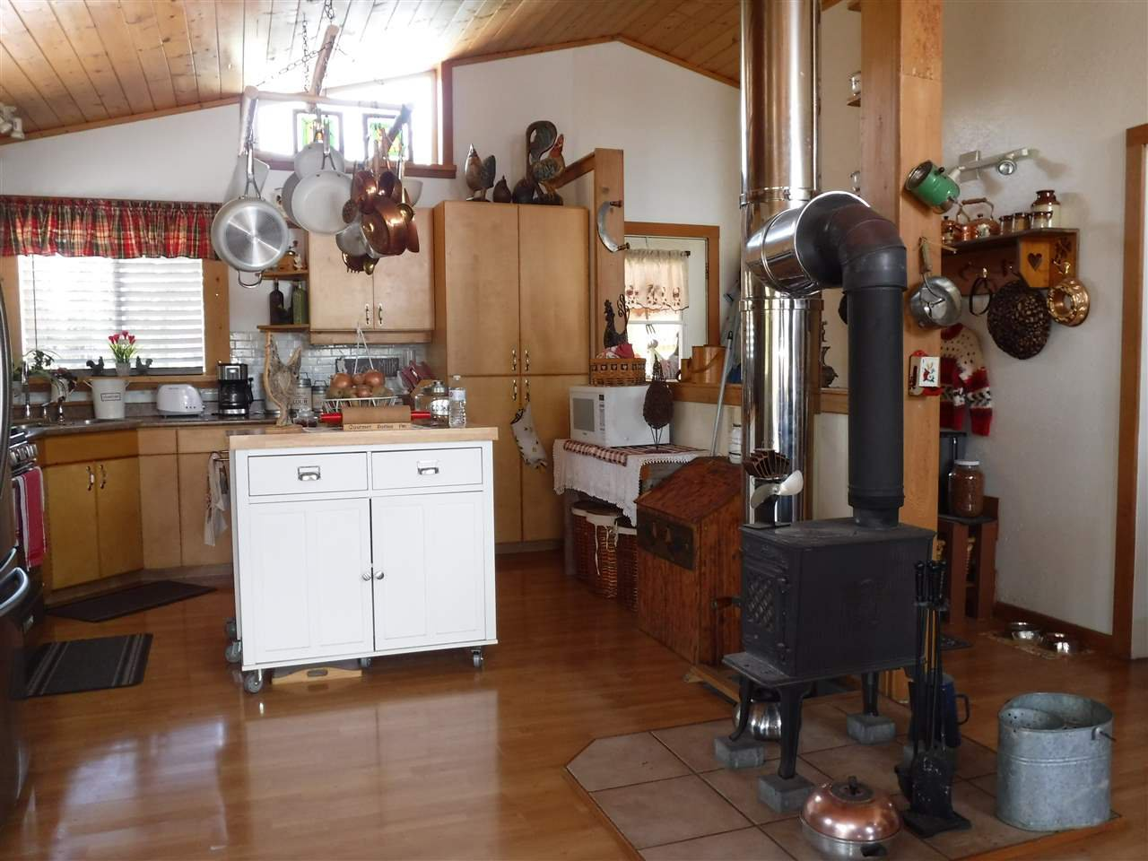 Photo 22: Photos: 3126 ELSEY Road in Williams Lake: Williams Lake - Rural West House for sale (Williams Lake (Zone 27))  : MLS®# R2467730