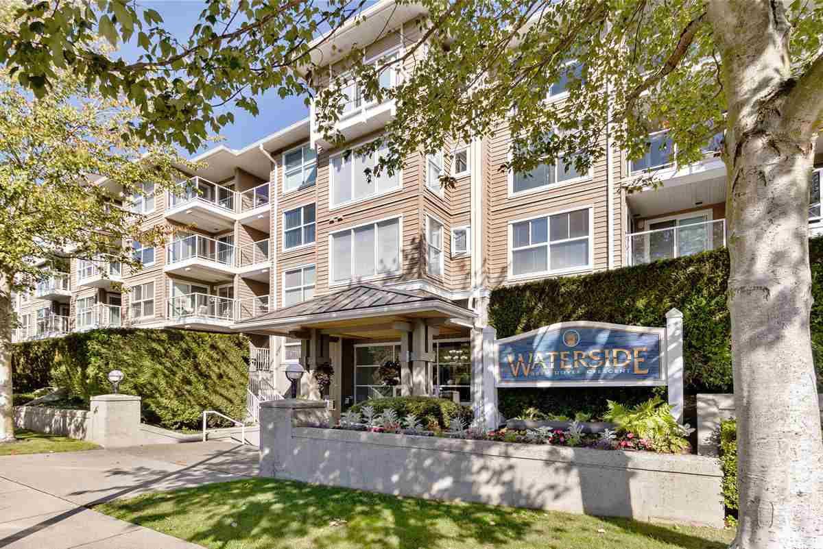 """Main Photo: 233 5880 DOVER Crescent in Richmond: Riverdale RI Condo for sale in """"WATERSIDE"""" : MLS®# R2501420"""