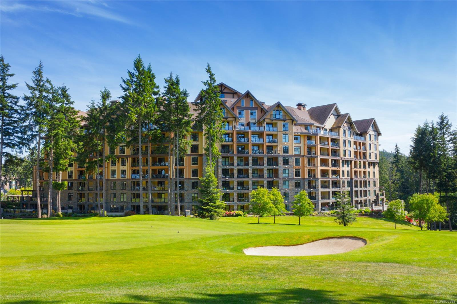 Main Photo: 214 1400 Lynburne St in : La Bear Mountain Condo for sale (Langford)  : MLS®# 858393